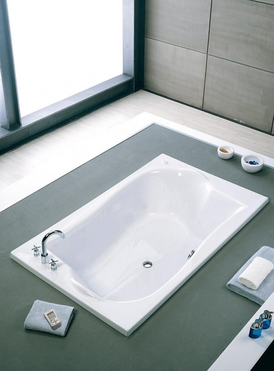 Tablier lat ral en acrylique pour baignoire duetsanitaire for Meuble pour baignoire