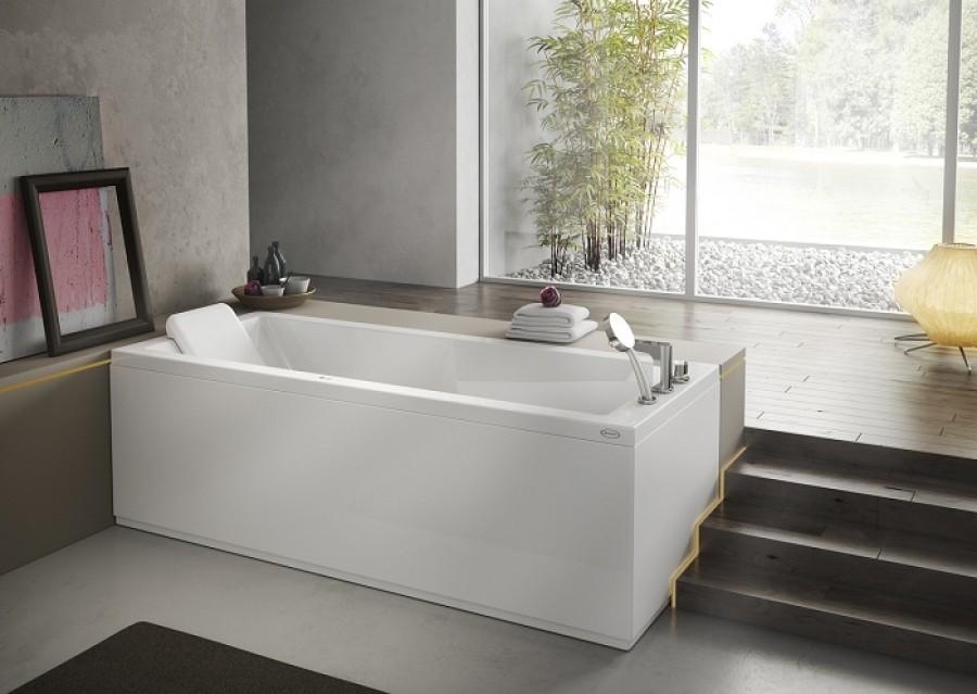 Tablier frontal 170 cm pour baignoires for Meuble pour baignoire