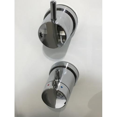 Colonne de douche SINT Standard Mécanique - Blanc Img 2544