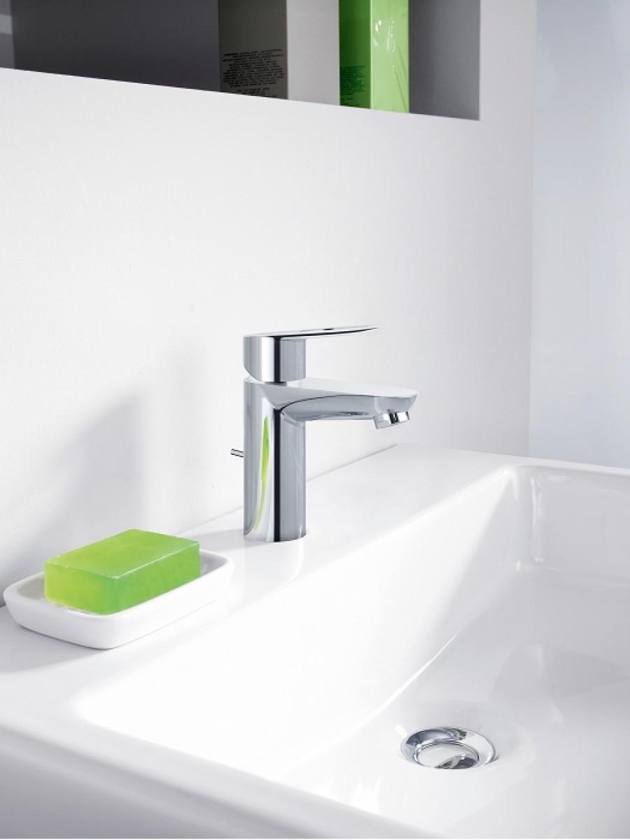 mitigeur lavabo bauloop 23335000 grohe meuble de salle de bain douche baignoire. Black Bedroom Furniture Sets. Home Design Ideas
